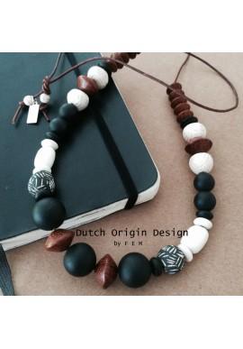 Necklace: Remix €59,-
