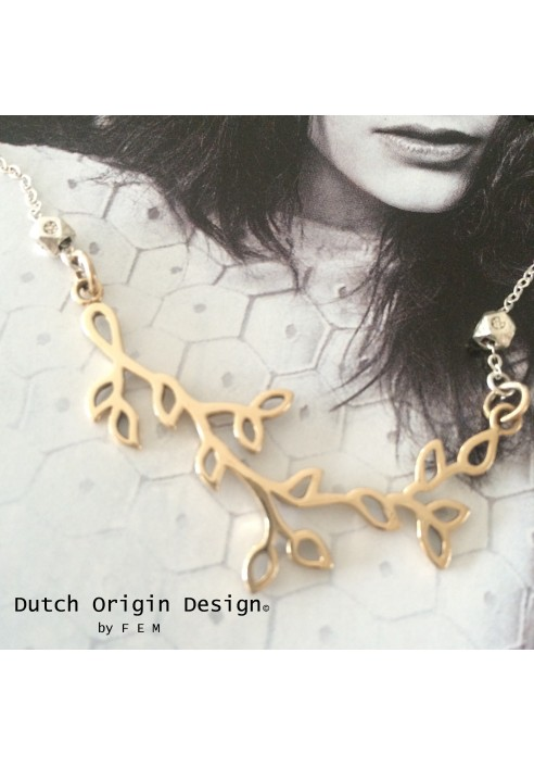 Necklace: bronze €99,-