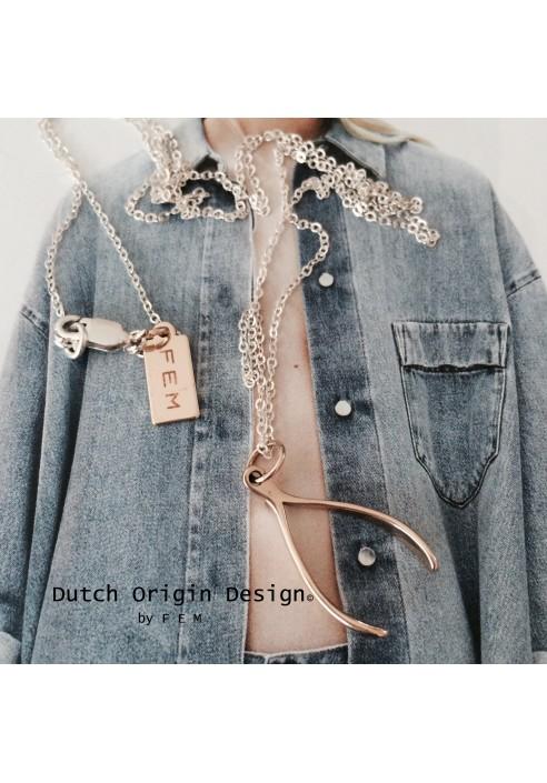 Necklace: WishULuck Bronze €89,-