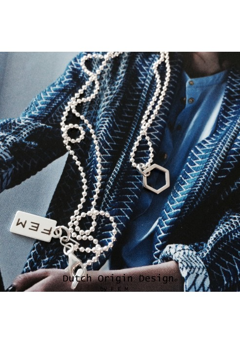 Necklace: Infinite €79,-