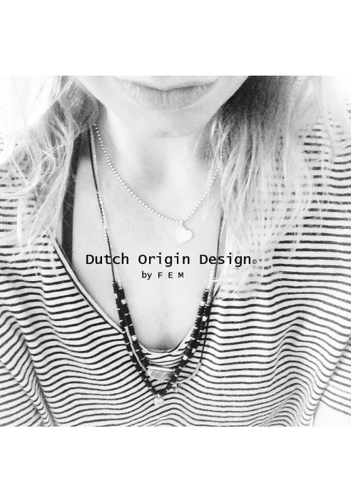 Necklace: Pure & Porcelain €69,-