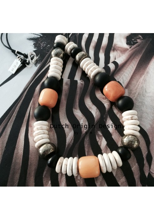 Necklace: Sunglow €59,-