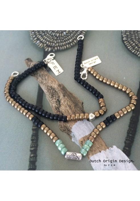 Bracelets 1pce €39,-